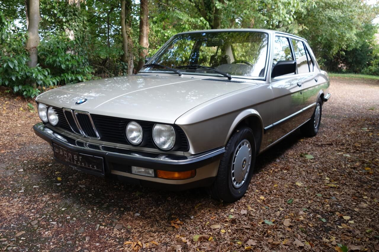 Wagner Classics Youngtimer Oldtimer Automobile - BMW 525e
