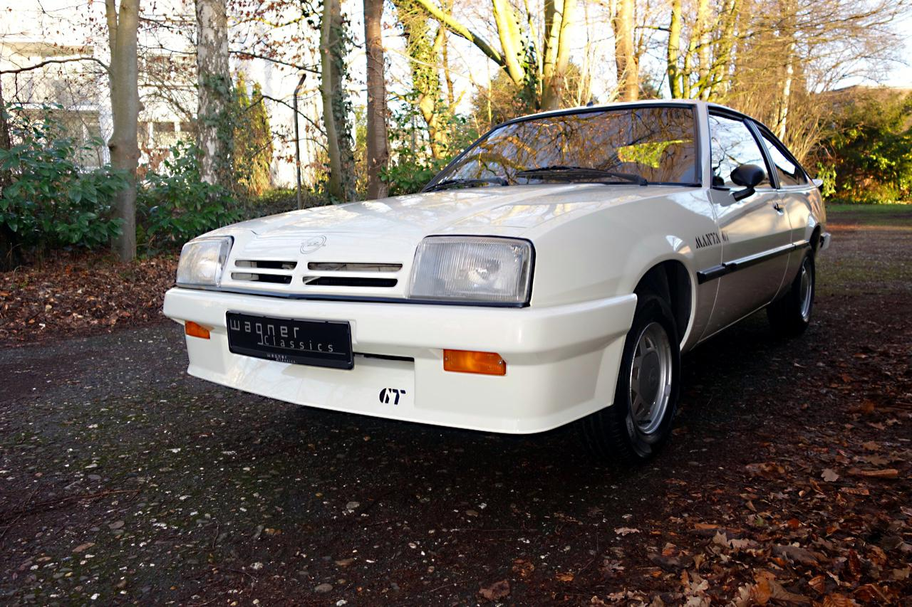Wagner Classics Youngtimer Oldtimer Automobile - Opel Manta CC GT 1.8S